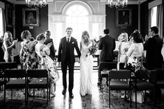 Black & White wedding photos from Wallingford Town Hall