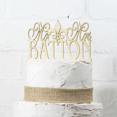 Rustic Wedding Cake Topper or Sign Mr and Mrs by RusticWeddingStop