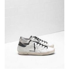 sports shoes 4c84a 427bb Nouveau Golden Goose Super Star Femme GGDB Sneakers Blanc Noir Soldes Gold  Sneakers, Sneakers Sale