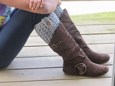 Bailey Boot Cuffs - Learn how to make boot cuffs in just a couple hours. We love the button detail on this easy crochet boot cuffs pattern.