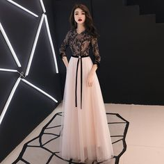 435e64425d Chic / Beautiful Black Evening Dresses 2019 A-Line / Princess V-Neck  Beading Lace Flower Bow 3/4 Sleeve Floor-Length / Long Formal Dresses