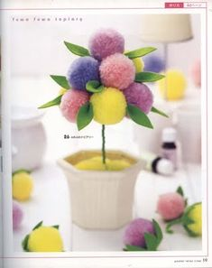 Easy Crafts For Everyone - Easy Crafts For Everyone Pom Pom Crafts, Flower Crafts, Yarn Crafts, Craft Stick Crafts, Diy And Crafts, Craft Projects, Crafts For Kids, Decor Crafts, Pom Pom Flowers