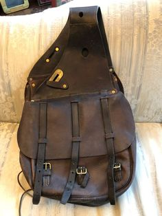 US Army Cavalry McClellan Saddlebags - dark brown, dated Spaulding 1917 (before cleaning), very fine useable condition with the canvas liners, Great gift for the back seat of a car or truck or the sides of a bike Juki, Horse Saddles, Back Seat, Leather Projects, Us Army, Saddle Bags, Dark Brown, Messenger Bag, Great Gifts