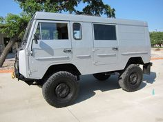 Amazing Volvo. (hipster hummer)