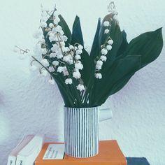 House Doctor Vase mit Maiglöckchen