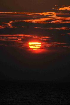 Sun, Setting Sun, Sunset, Water, Clouds