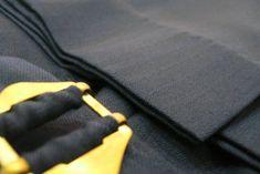 Alegem țesătura potrivită pentru realizarea creației vestimentare Bespoke Tailoring, Ready To Wear, Costumes, How To Wear, Bags, Fashion, Handbags, Moda, Dress Up Clothes