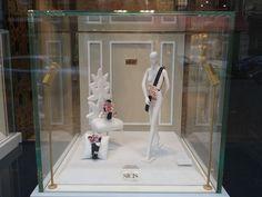 Miniatures Schläppi 2200 by Bonaveri for SICIS to display jewels.