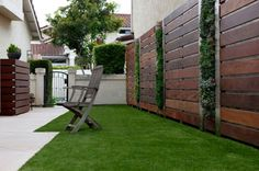 Contemporary Landscape with Privacy Fence Design by Singing Gardens - Home Landscaping Contemporary Building, Contemporary Cottage, Contemporary Landscape, Contemporary Decor, Landscape Design, Contemporary Stairs, Contemporary Apartment, Contemporary Wallpaper, Contemporary Chandelier