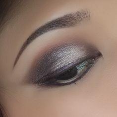 Drama Queen + Shimma Shimma Eyeshadows