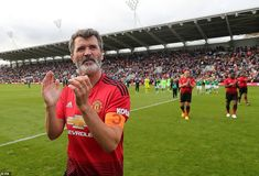 """Former Manchester United captain Roy Keane has hit out at the club's players and said they will throw Ole Gunnar Solskjaer """"under the bus"""". Manchester Derby, Manchester United Legends, Manchester United Football, Manchester City, World Football, Football Players, Man Utd Squad, Thrown Under The Bus, Roy Keane"""