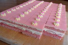 Gorgeous Cakes, Amazing Cakes, Cake Recipes, Dessert Recipes, Bread Dough Recipe, Tea And Crumpets, Bee Cakes, Czech Recipes, Oreo Cupcakes
