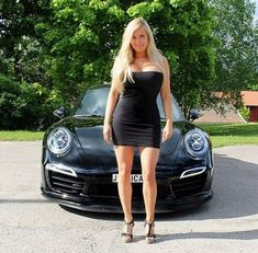 For decades, a sales technique at auto shows employs female models attired in tight dresses or miniskirts wearing uncomfortable heels, smiling and posing enchantingly. Porsche Models, Porsche Cars, Sexy Cars, Hot Cars, Sexy Autos, Bus Girl, Girly Car, Botas Sexy, Hot Rides
