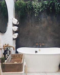 "163 tykkäystä, 6 kommenttia - Sar & her 4 little peas (@peas.in.my.pod) Instagramissa: ""I spy with my little eye something beginning with c!"" I Spy, Clawfoot Bathtub, Eye, Plaster, Showers, Bathrooms, Instagram, Plastering, Bathroom"