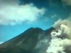 UFO spotted during Popocatépetl volcano eruption