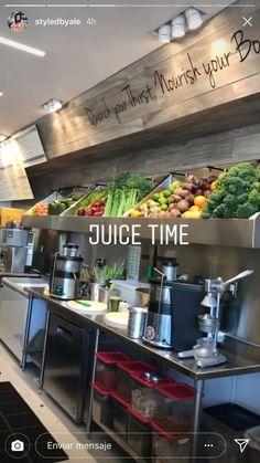 Juice Bar Menu, Juice Cafe, Cafe Shop Design, Cafe Interior Design, Restaurant Design, Restaurant Bar, Juice Bar Interior, Organic Juice Bar, Sumo Natural