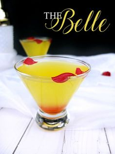 This Beauty and The Beast inspired adult cocktail is the perfect yellow limoncello and Chambord martini for an adult Beauty and The Beast party. The Belle cocktail is inspired by my favorite character. Party Drinks, Cocktail Drinks, Cocktail Recipes, Alcoholic Drinks, Beverages, Cocktail Ideas, Disney Cocktails, Disney Mixed Drinks, Disney Themed Drinks
