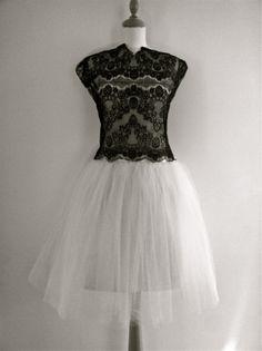 Dress short white tulle skirts Ideas for 2019 Diy Tulle Skirt, Tulle Skirt Tutorial, White Tulle Skirt, Tulle Skirts, Unique Dresses, Trendy Dresses, Short Dresses, Formal Dresses, Designer Wedding Dresses