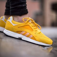 """""""Adidas Racer Lite """"Bo Gold/Footwear White/Core Black"""" available now in-store and online @titoloshop Berne"""