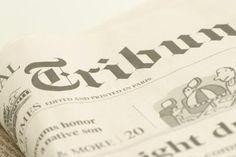 Como fazer uma colagem em tela usando jornais e tinta | eHow Brasil