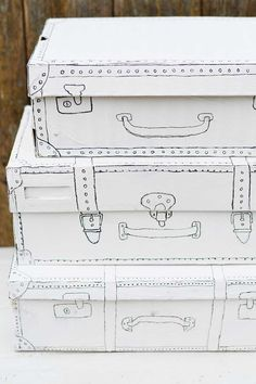 Easy And Cute Shoe Box Craft For The Home Vintage suitcase shoe box craft All you need is a bit of white paint and a black sharpie. Vintage suitcase shoe box craft All you need is a bit of white paint and a black sharpie. Cardboard Suitcase, Cardboard Crafts, Paper Crafts, Cardboard Playhouse, Cardboard Furniture, Cute Crafts, Easy Crafts, Diy And Crafts, All You Need Is