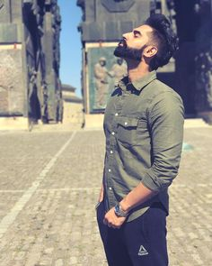 Stop focusing on how Stressed you are and Remember How Blessed you are. Wedding Couple Poses Photography, Photography Poses For Men, Parmish Verma Beard, Indian Men Fashion, Men's Fashion, Perfect Beard, Mens Facial, Stylish Boys, Bollywood Actors