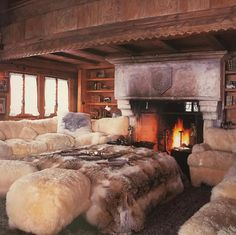 Warm up by the fire in the drawing room of this fabulous chalet in Gstaad. In other Swiss news.the first edition of PAD Geneva opens today! Bungalow Living Rooms, Simple Bedroom Design, Bedroom Fireplace, Cozy Fireplace, Cozy Cabin, Design Case, Cool Rooms, Log Homes, Home Furniture