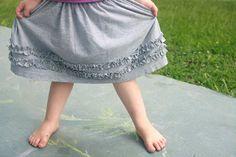 Clay In His Hands: Girl's Ruffled T-Shirt Skirt {Tutorial}