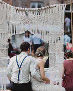 Macrame Wall Hanger, Wool Wall Hanging, Primitive Country Homes, Wedding Picnic, Wedding Day, Macrame Jewelry, Weaving, Slay, Knots