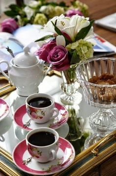 Italian Coffee, Turkish Coffee, Coffee Club, Coffee Break, Coffee Lovers, Coffee And Books, Coffee Art, Spiced Coffee, Good Morning Coffee