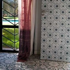 Moroccan Stencil   Intricate Zelij Wall Stencil   Royal Design Studio