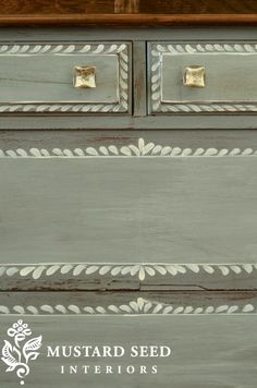 Adding Details to Drawer Fronts With Paint with my favorite paint, Miss Mustard Seed's Milk Paint Chalk Paint Furniture, Hand Painted Furniture, Distressed Furniture, Repurposed Furniture, Furniture Projects, Furniture Making, Furniture Makeover, Home Furniture, Painted Dressers