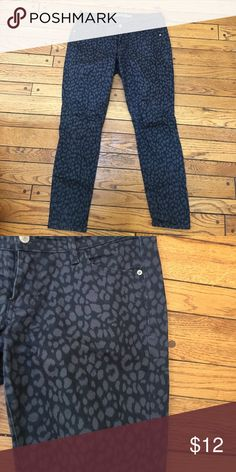 Leopard Black Jeans In great condition. The rockstar pant. Old Navy Jeans