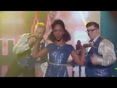 Glee-Uptown Funk Full Performance - YouTube