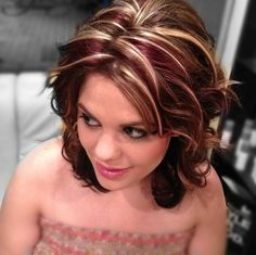 Be Inspired - Hair Beauty - hadido Hair Highlights And Lowlights, Hair Color Highlights, Chunky Highlights, Hair Color Auburn, Auburn Hair, Brown Blonde Hair, Burgandy Short Hair, Cool Hair Color, Hair Lengths