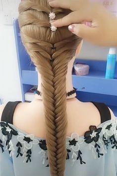 Beautiful Hair Styles Very beautiful braided hairstyles. Easy Hairstyles For Long Hair, Girl Hairstyles, Braided Hairstyles, Wedding Hairstyles, Ethnic Hairstyles, Hairstyles Videos, School Hairstyles, Front Hair Styles, Medium Hair Styles