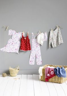 Studio ToutPetit: * Laundry-Day DIY Wall Decor for Coco's room! Diy For Kids, Cool Kids, Diy Wall Decor, Bedroom Decor, Clothes Line, Easy Home Decor, Kid Spaces, Baby Love, Baby Knitting