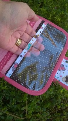 Sewing Hacks, Sewing Projects, Projects To Try, Printed Portfolio, Diy Crafts Hacks, Fabric Bags, Sewing For Kids, Kids And Parenting, Jethro