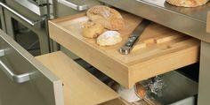 Cocinas modernas, planchadores y despensas desde 1980 . DEULONDER