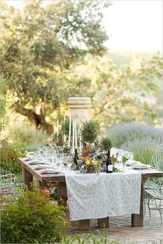 Private Estate Wedding In Florence with Italian family style dinner all photographed by Mike Larson at Demetria Estate Wedding Dinner, Wedding Table, Rustic Wedding, Chic Wedding, Tuscan Wedding, Reception Table, Summer Wedding, Wedding Venues Italy, Italy Wedding