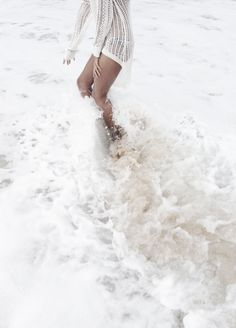 summer, beach, tumblr, white // pinterest and insta → siobhan_dolan