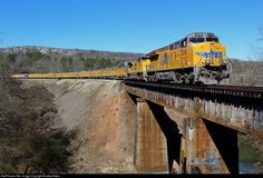 Net Photo: UP 2718 Union Pacific GE at Cook Springs, Alabama by Bradley Bates Diesel, Commuter Train, Union Pacific Railroad, Alabama, America, Cook, Baseball, Image, Trains