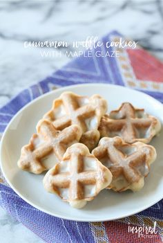 Did you know you can make cookies in a waffle iron? Learn how and grab ny delcious recipe for Waffle Cookies complete with Maple Glaze. Cookie Desserts, Just Desserts, Cookie Recipes, Delicious Desserts, Dessert Recipes, Yummy Food, Cookie Table, Crepe Recipes, Waffle Maker Recipes