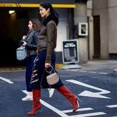 "1,371 Likes, 3 Comments - Style Sight WorldWide (@stylesightworldwide) on Instagram: ""#londonfashionweek @carolineissa     @beforeeesunrise #streetstyle #fashion #blogger #fw17…"""