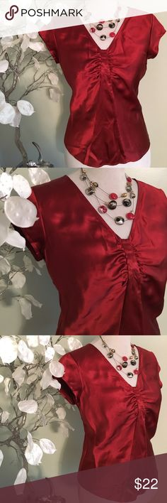 TALBOTS SILK TOP Beautiful top in excellent, 100% pure silk Talbots Tops Blouses