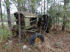 Long abandoned John Deere Model 2010. Garden City, Georgia.
