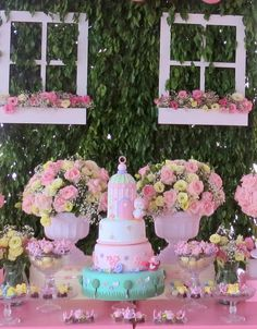 Festa Provençal - Site Oficial: Jardim Encantado Bird Birthday Parties, Birthday Table, Baby Birthday, Birthday Decorations, Ksi Birthday, Garden Birthday, Butterfly Garden Party, Bird Party, Deco Table