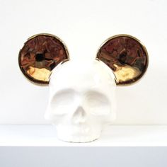 Gold Mouse Ear Skull
