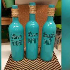 Pin by katrina ganser on diy/crafts artesanías con botellas de vino, botell Wine Bottle Corks, Glass Bottle Crafts, Diy Bottle, Liquor Bottles, Bottles And Jars, Glass Bottles, Bottle Lamps, Crafts With Bottles, Mason Jars