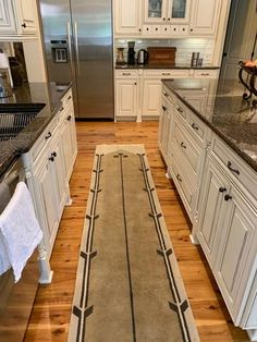Craftsman Style Kitchen Runner ~Guildcraft Carpets ~ Springfield ~ Shopify